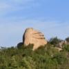 ニコニコ岩:岡山県玉野市